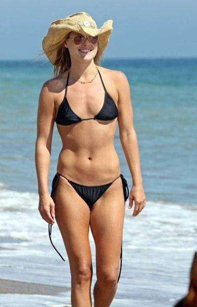 Ali Larter Sexy Hot Bikini Pics Nude Images