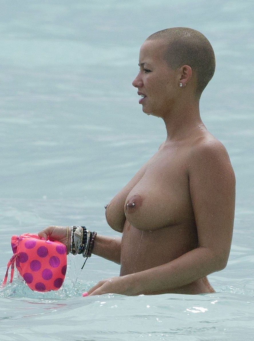 Amber Rose Nude Boobs