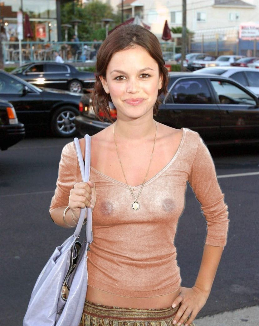 American Actress Rachel Bilson Nude Naked Sexy Photos