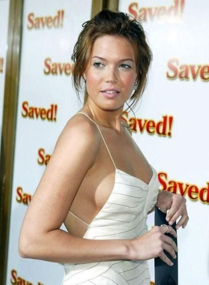 American Singer Mandy Moore Sexy Hot HD Photos