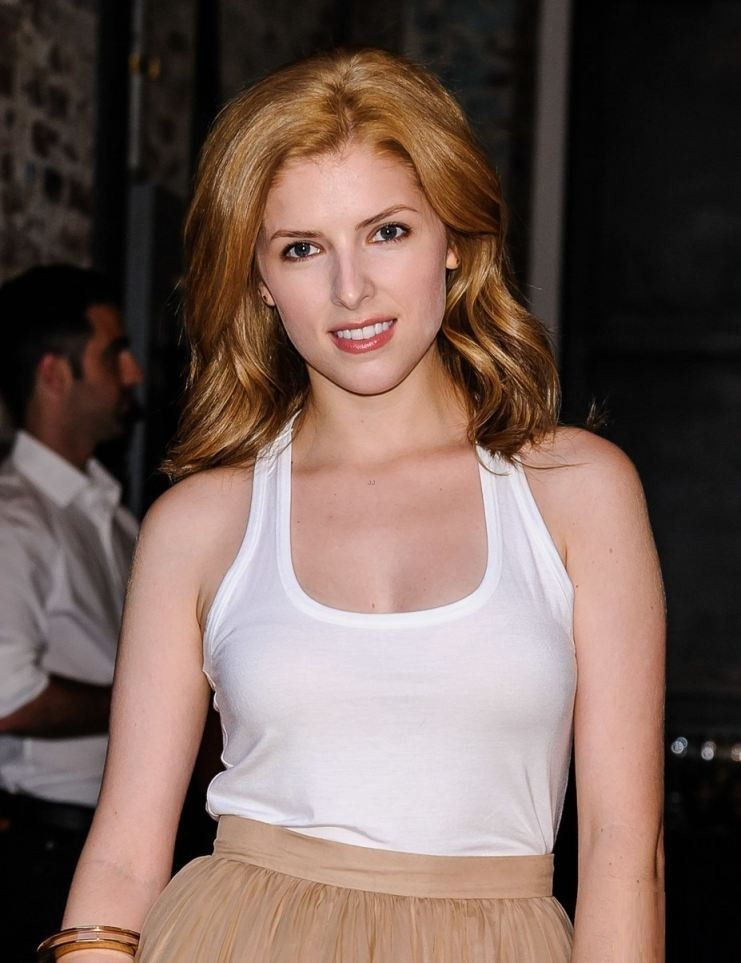 Anna Kendrick Images Videos And Sexy Pics