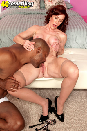 Black Mature 40 Something Milf