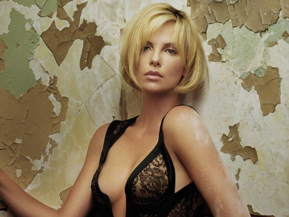 Charlize Theron Nude Pussy Sexy Boobs HD Photos