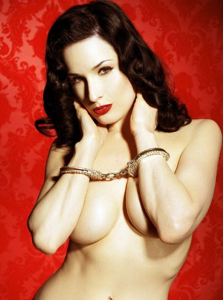 Dita Von Teese Nude Huge Boobs