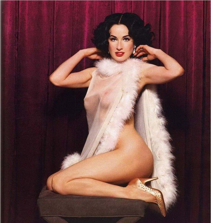 Dita Von Teese Nude Topless Sexy