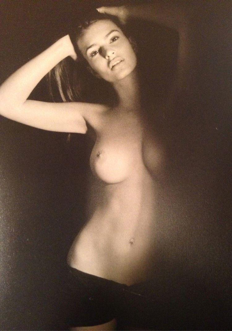 Emily Ratajkowski Naked Tits Sex Xxx Nude Topless