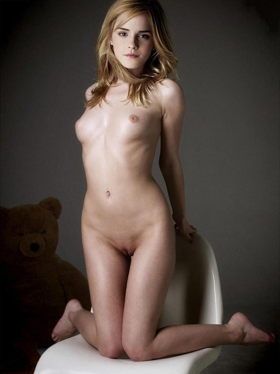 Emma Watson Nude Porn Boobs Images