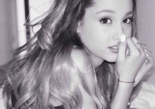 Erotic Photo Ariana Grande