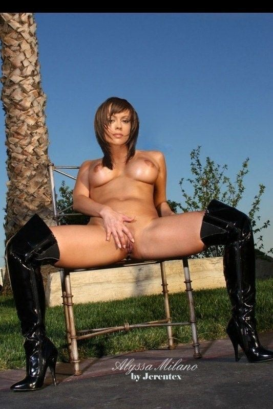 Free Nude Celeb Pics Alyssa Milano