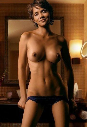 Halle Berry Nude Topless Huge Boobs Photo