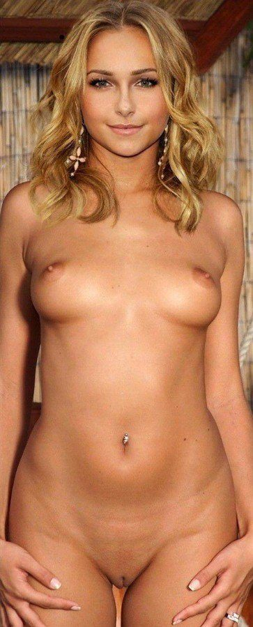 Hayden Panettiere Topless Naked Pussy Photo