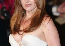 Isla Fisher Sexy Hot Pics Images