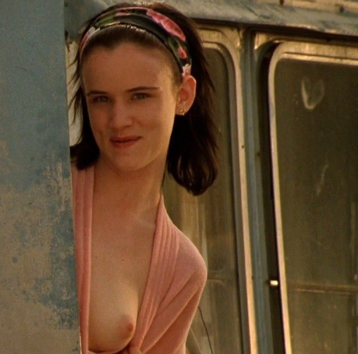 Juliette Lewis Naked