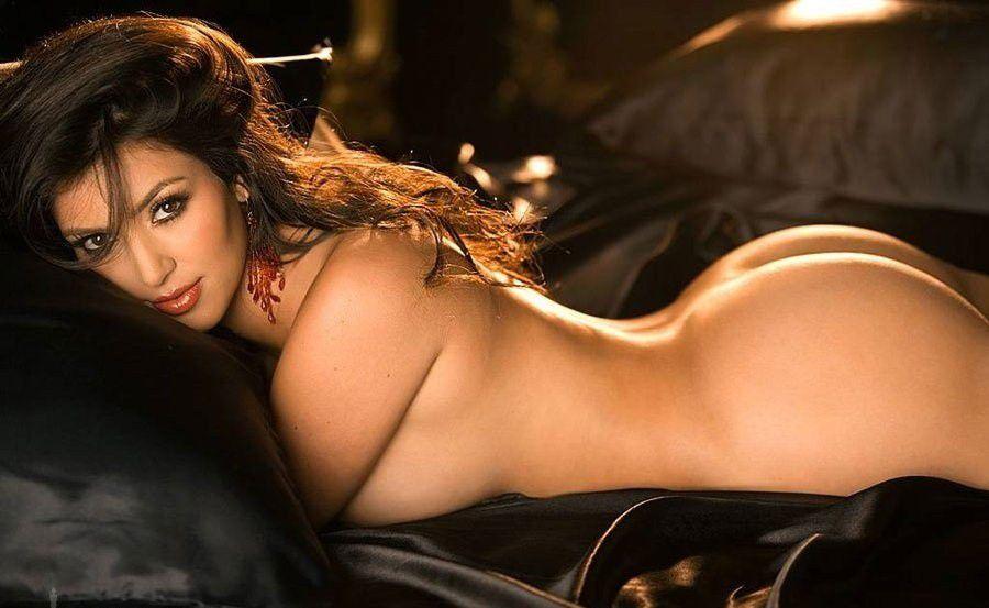 Kim Kardashian Sexy Desi Pic