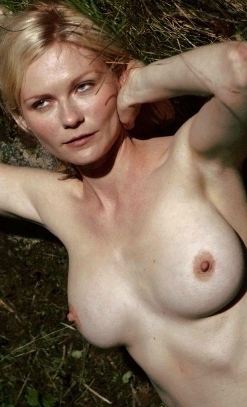Kirsten Dunst Nude Boobs Pics