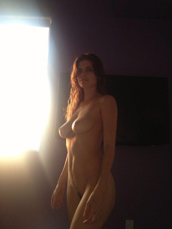 Lake Bell Nude Big Tits Posing