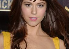 Mary Elizabeth Winstead Sexy Hot Yellow Dress Images