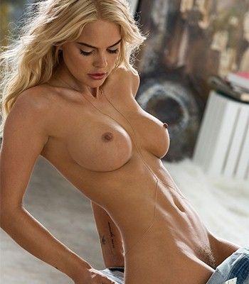 Mena Suvari Nude Boobs With Hot Body