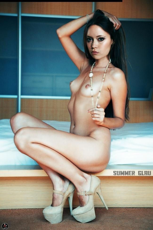 Naked Celebrity Pictures Summer Glau