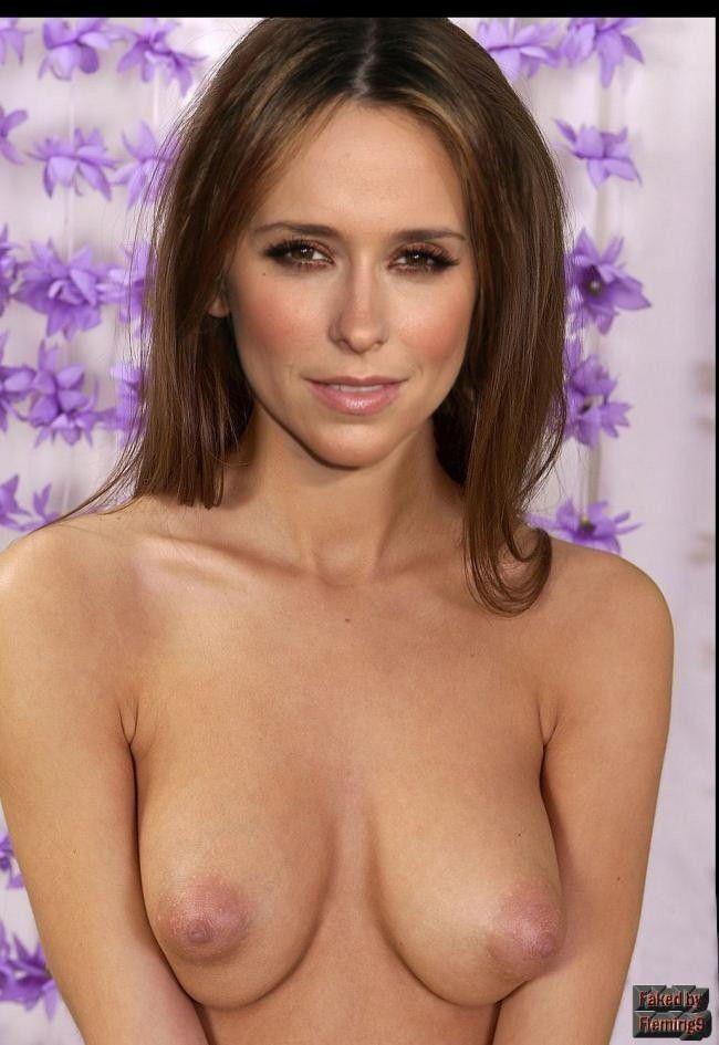 Naked Jennifer Love Hewitt