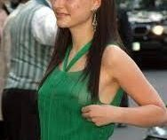 Natalie Portman Nude Pokies In Green Dress