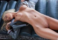 Sara Jean Underwood Hot Pussy Sexy Boobs