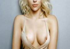 Scarlett Johansson Leaked Nude Photos Tits