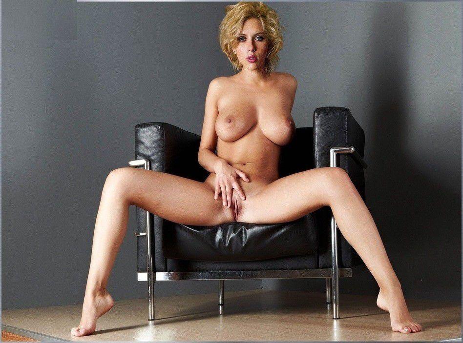 Scarlett Johansson Nude Pictures