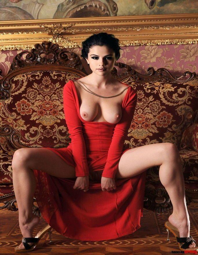 Selena Gomez Celebrity Naked