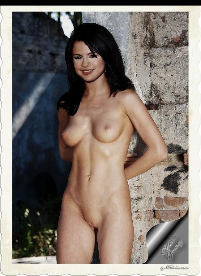 Selena Gomez Nude Firm Boobs Shaved Pussy