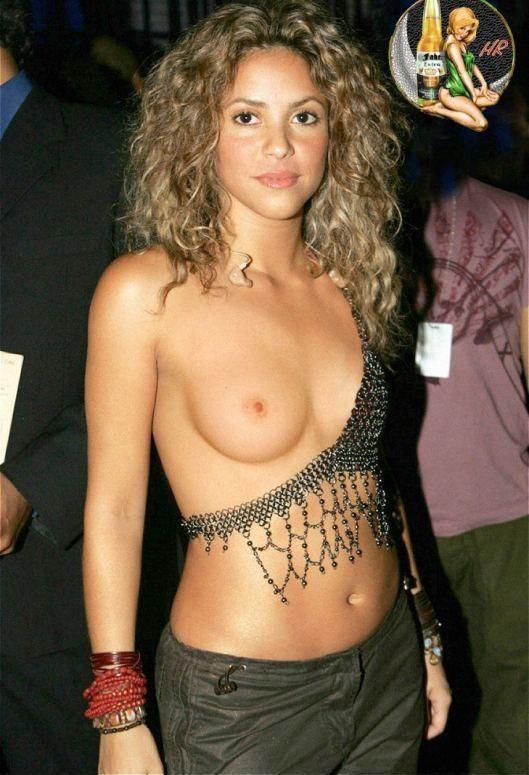 Shakira Nude Boobs Porn Pics