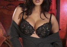 Sunny Leone Nude Boobs Picture