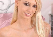 Euro Blonde Dp