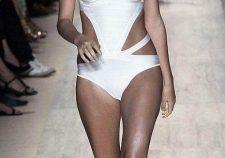 Gorgeous Nude Celebrities Behati Prinsloo Cameltoe Sexy Vips