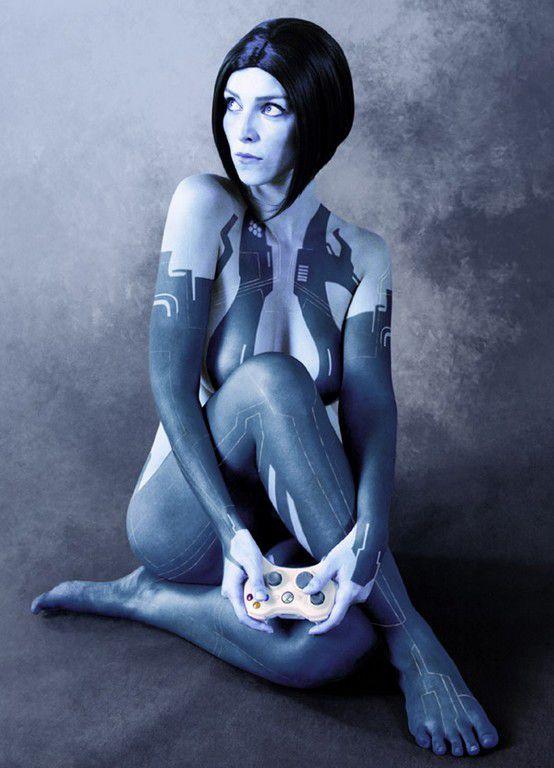 Halo Cortana Cosplay