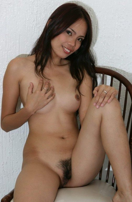 Nude coeds hairy pussy natural tits pics