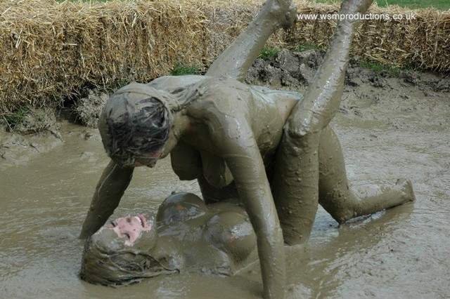 Opinion. Your naked girls playing mud this idea