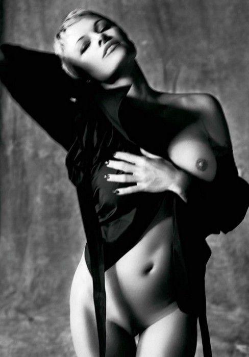 Nude Pamela Anderson Purple