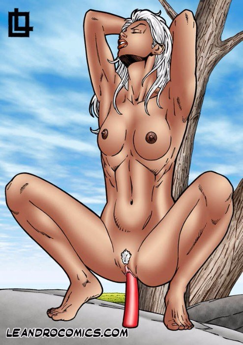storm from x men naked