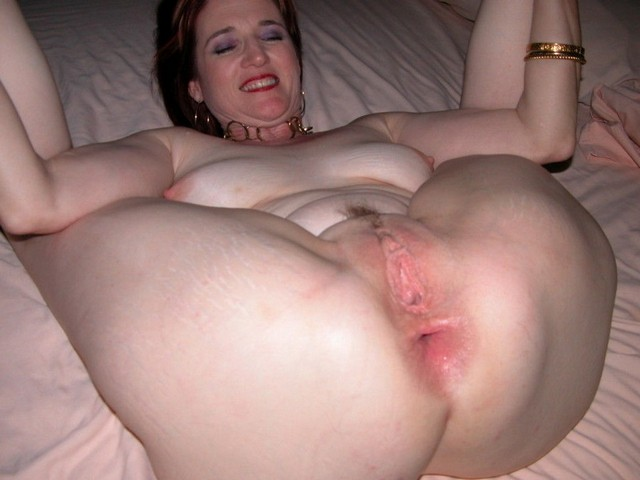 Amateur Mature Milf Ass Spread