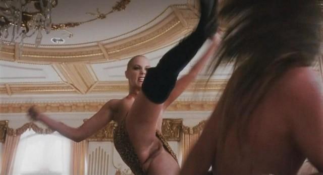 Elizabeth Berkley Nude Pussy