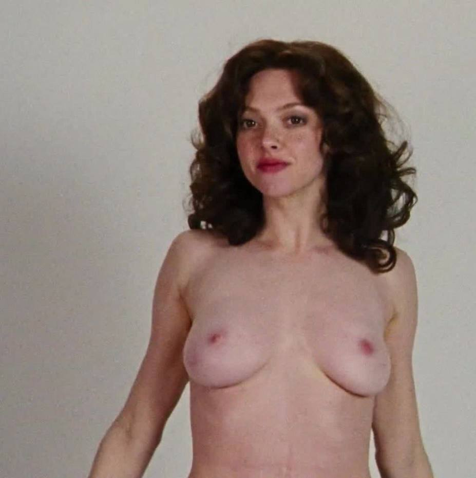 Amanda Seyfried Naked Sexy Boobs