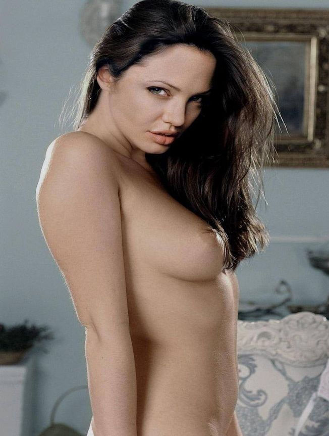 Angelina Jolie Leaked Nude Tits Photos