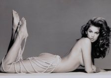 Cindy Crawford Nude Posing Sexy Topless Photo