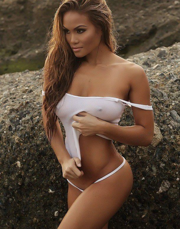 Daphne Joy Nude Big Tits Posing Braless