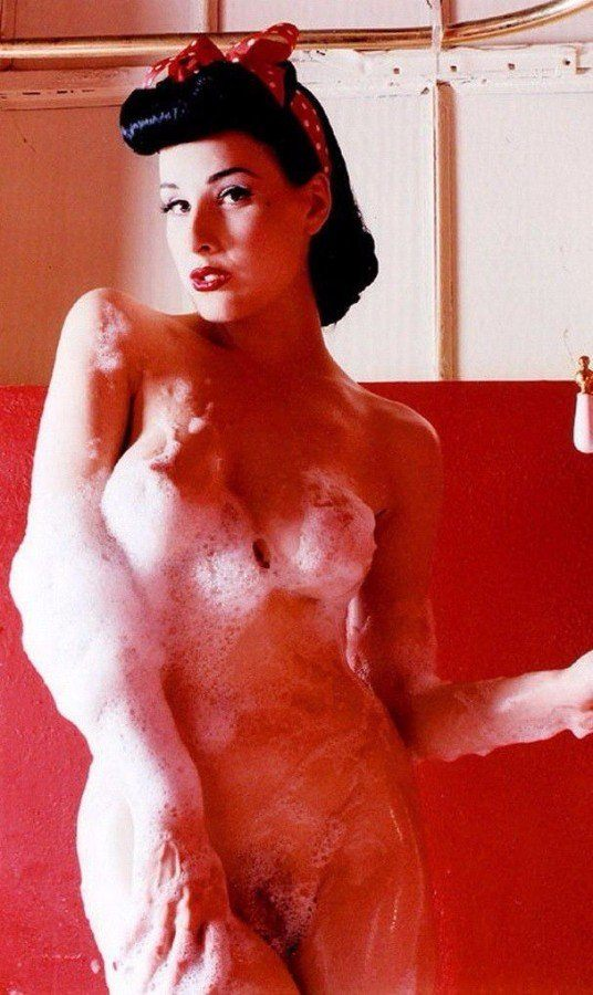 Dita Von Teese Nude Soapy Big Tits Hairy Pussy