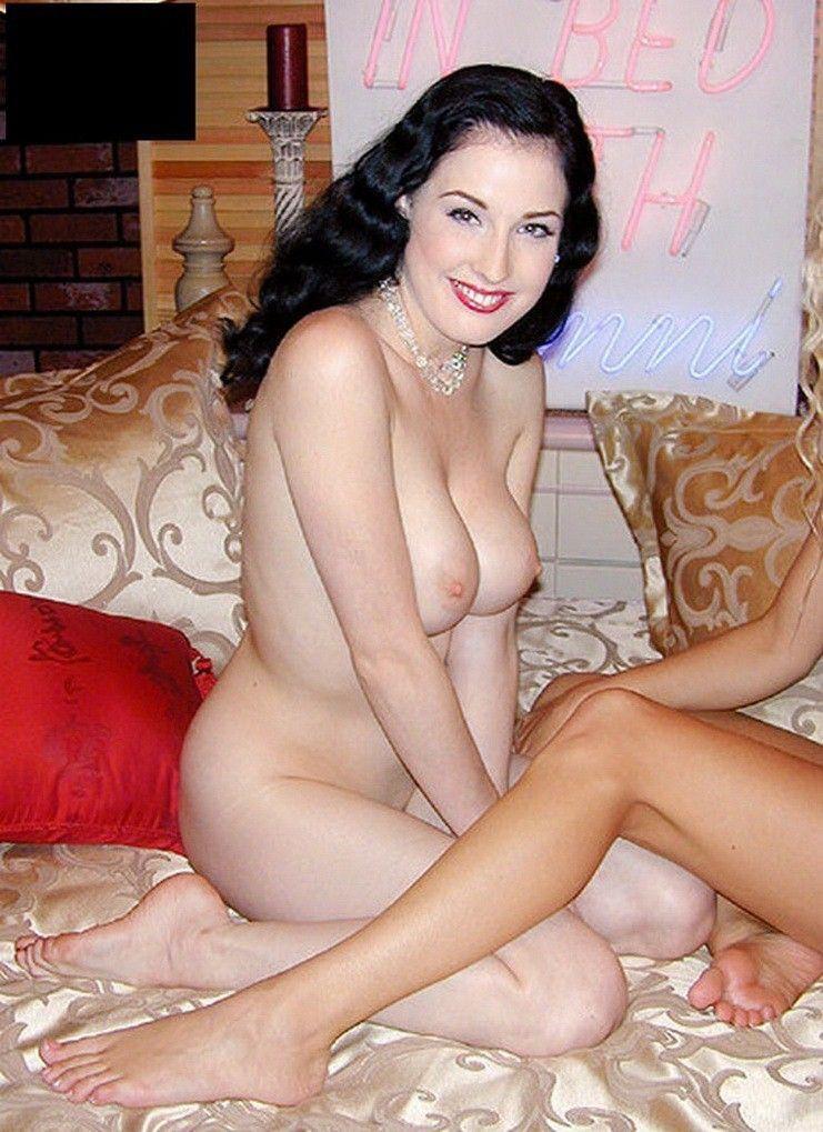 Dita Von Teese Posing Naked With Big Boobs