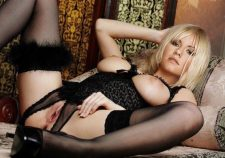 Elisha Cuthbert Nude Pussy Holes Pics