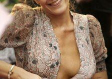 Emma Watson Sexy Cleavage Boobs