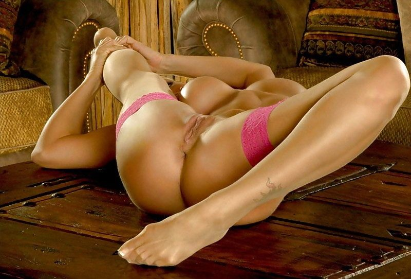 Flexible Girls